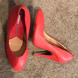 VIVIENNE WESTWOOD coral pink leather pumps heels